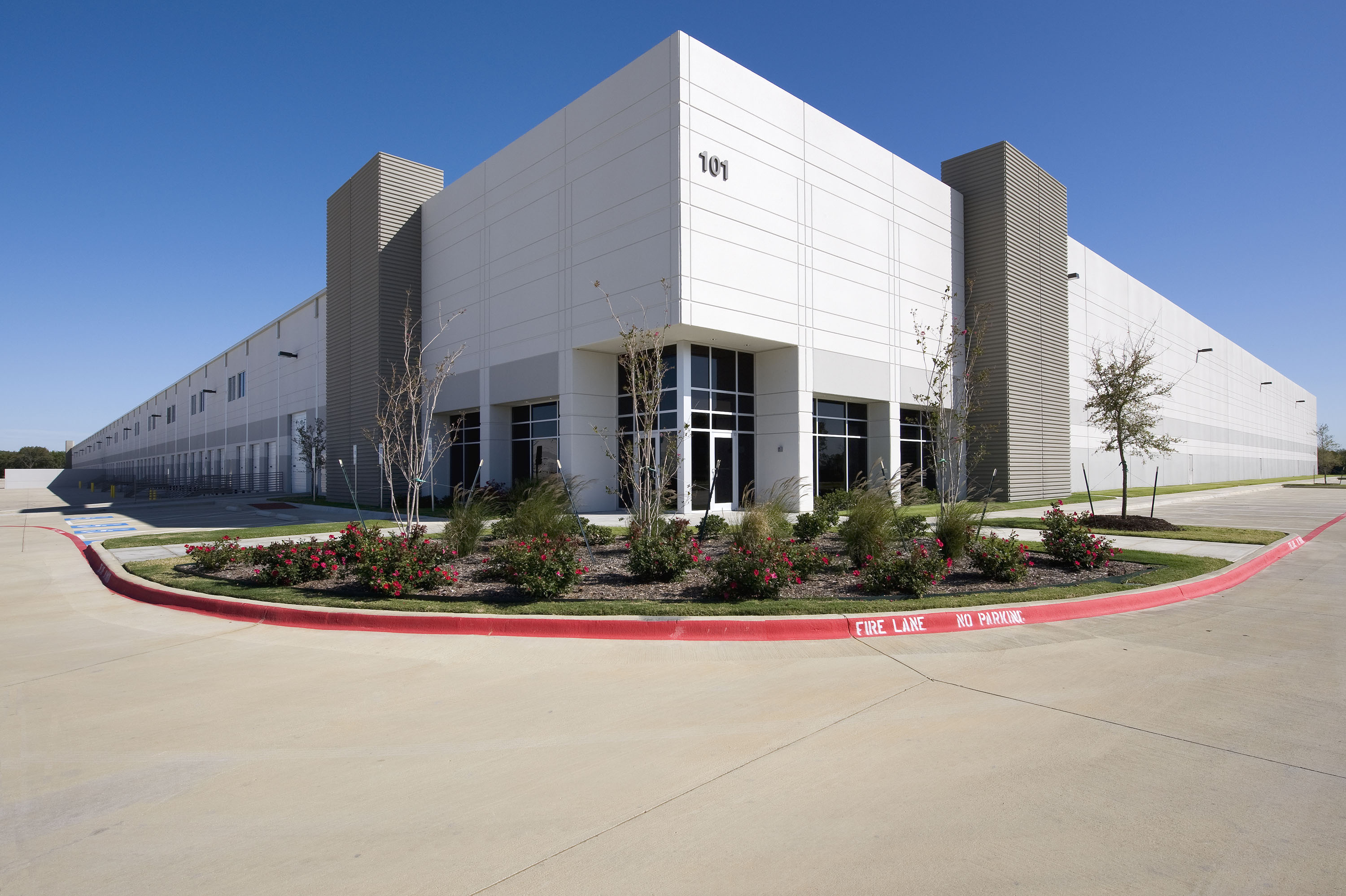 Lakeside Trade Center, Building 5, Flower Mound, TX