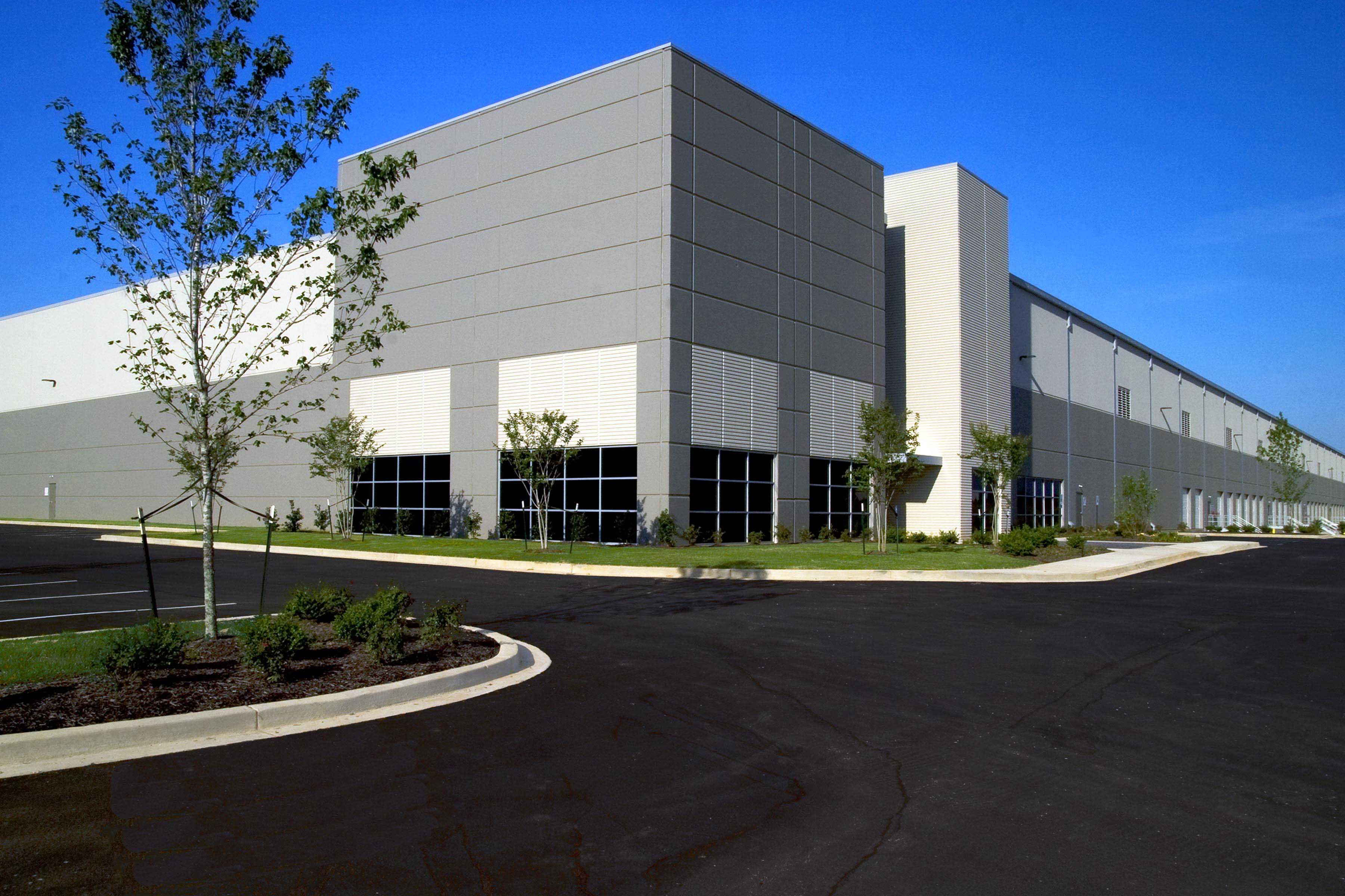 DeSoto Trade Center, Eastgate, Bldg 3, Southaven, MS